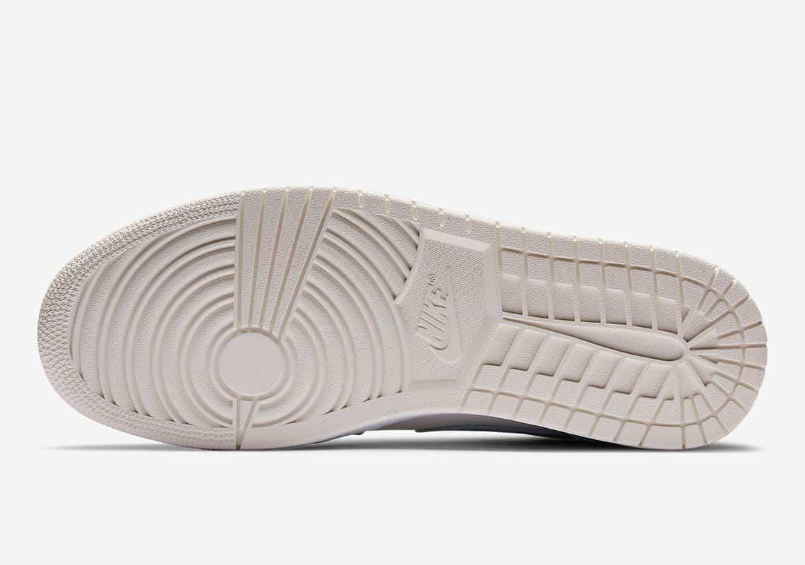 Air Jordan 1 Mid SE 'Bone White' DA4666-100 5