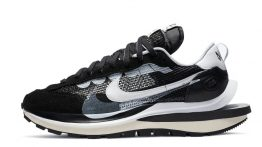 Sacai x Nike VaporWaffle 'Black'