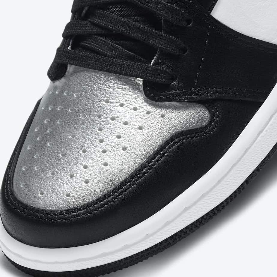 Air Jordan 1 'Silver Toe' CD0461-001 6