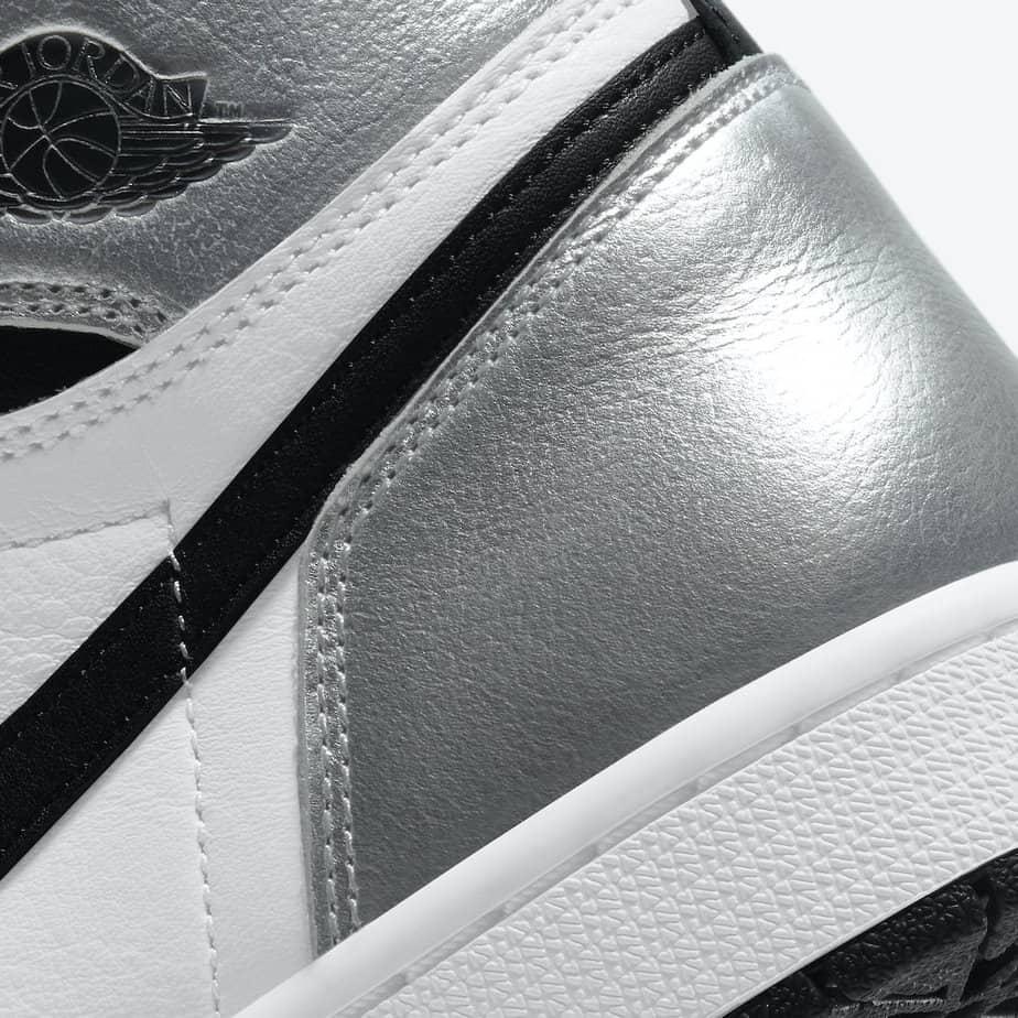 Air Jordan 1 'Silver Toe' CD0461-001 7