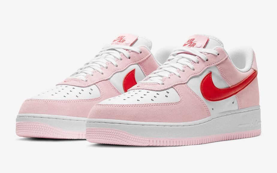 Nike Air Force 1 Low 'Valentines Day' DD3384-600 1