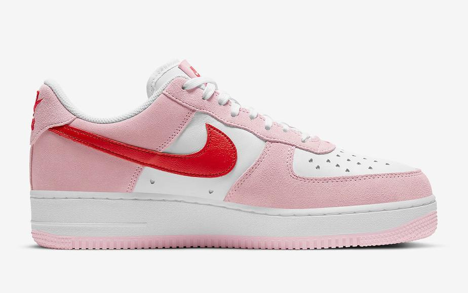 Nike Air Force 1 Low 'Valentines Day' DD3384-600 10
