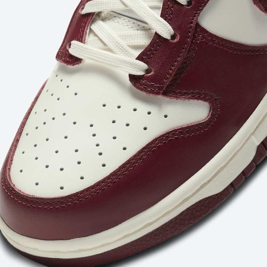 Nike Dunk Hi 'Team Red' DD1869-101 6
