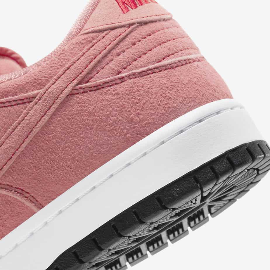 Nike SB Dunk Low 'Pink Pig' CV1655-600 7