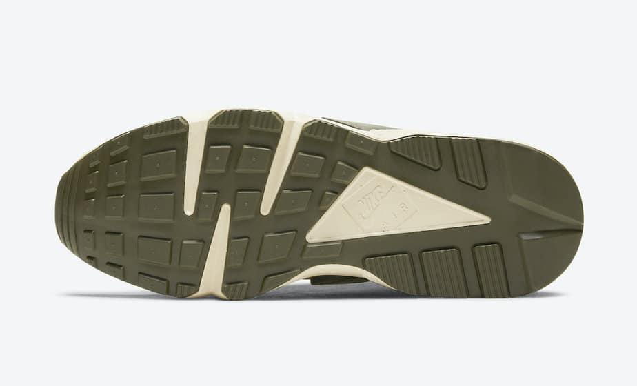 Stussy x Nike Air Huarache 'Desert Oak' DD1381-200 5