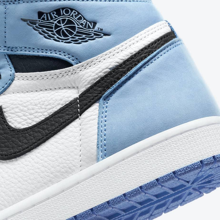 Air Jordan 1 'University Blue' 555088-134 7